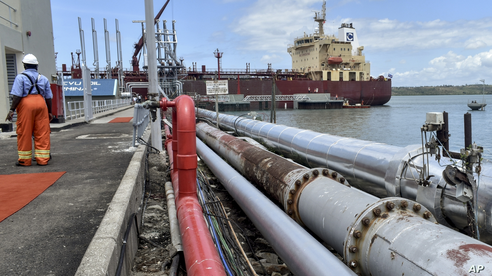 Activists want details on oil contract with China