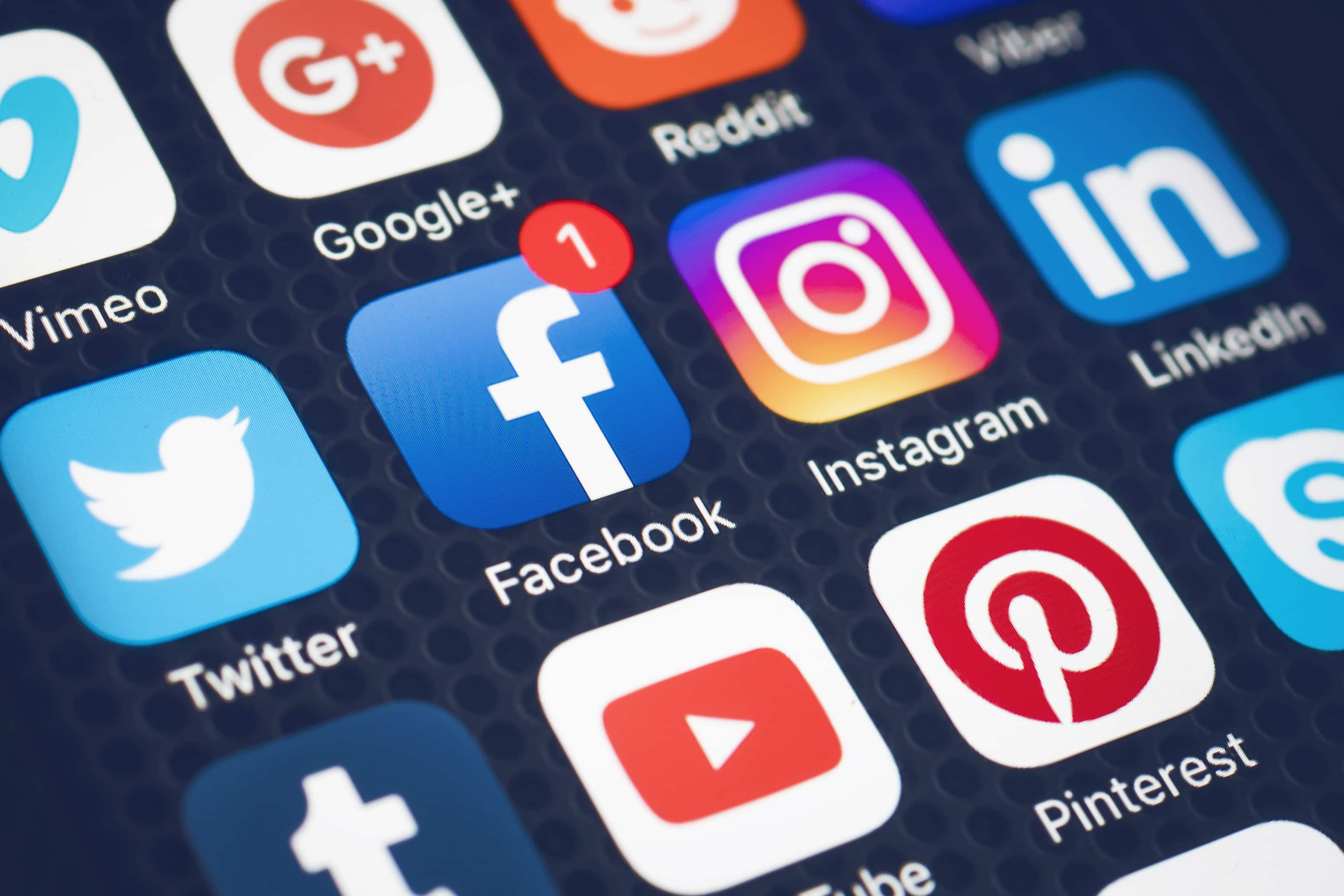 How social media are levelling Kenya's political field – and lessons learnt
